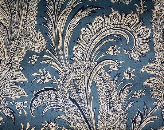 Heirloom Paisley Velvet