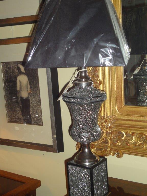 Black Mosaic Urn Lamp